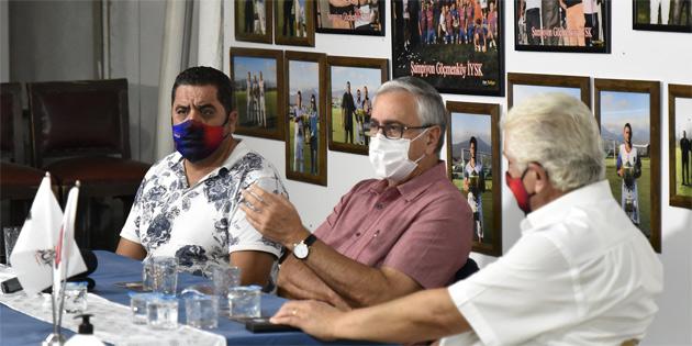 Akıncı Göçmenköy Spor Kulübünü ziyaret etti