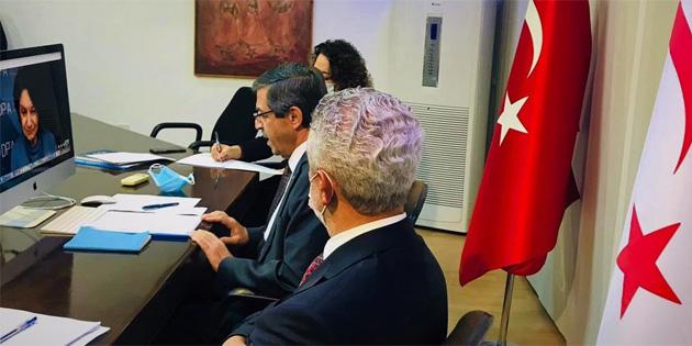 Dışişleri Bakanı Ertuğruloğlu, Di Carlo ve Lacroix ile görüştü
