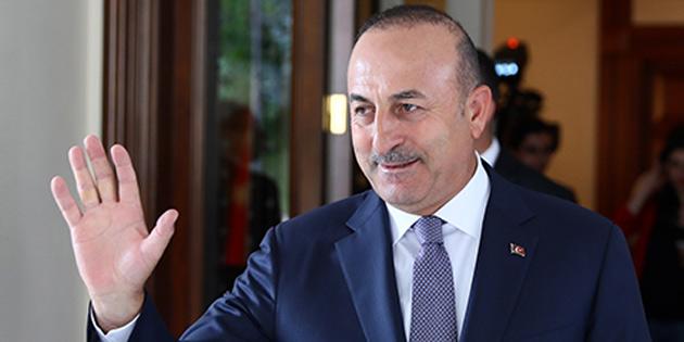 TC Dışişleri Bakanı Çavuşoğlu KKTC'de