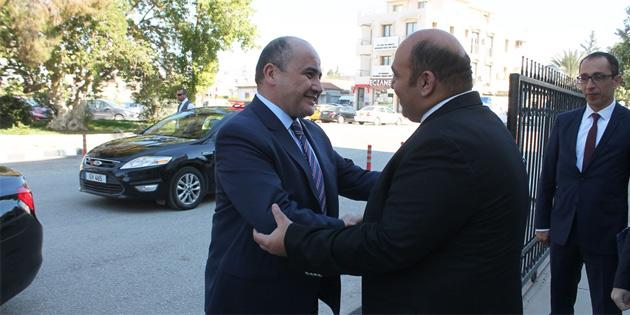 Büyükelçi Başçeri Bayındırlık ve Ulaştırma Bakanı Atakan'ı ziyaret etti