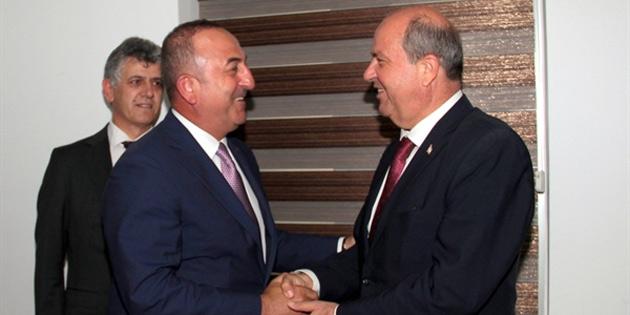 Başbakan Tatar, TC Dışişleri Bakanı Çavuşoğlu'nu kabul etti