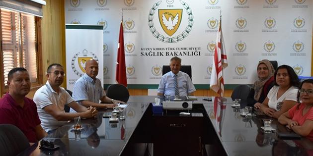 Bakan Pilli, Lefkoşa Özel Eğitim ve İş Merkezi yetkilileri ile görüştü