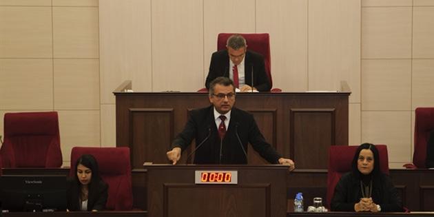 Erhürman Genel Kurul'un kendilerine haber verilmeden açılmasını eleştirdi