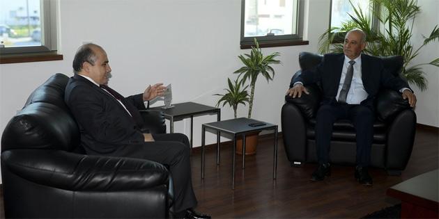 Büyükelçi Başçeri, Gönyeli Belediye Başkanı Benli'yi ziyaret etti