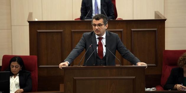 Başbakan Erhürman, Dome Hotel'de konunun kira sözleşmesinin uzatılması olduğunu, aksi halde biten bütün kira sözleşmelerinde yeniden ihale gerekeceğini belirtti