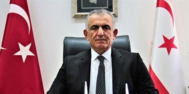Bakan Çavuşoğlu Kurucu Cumhurbaşkanı Denktaş'ın ölüm yıldönümü dolayısıyla mesaj yayımladı