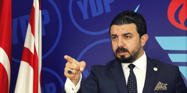 """Zaroğlu Tatar'ı kutladı ve """"Baybars bu açıklamadan sonra istifa edecek mi?"""" diye sordu"""