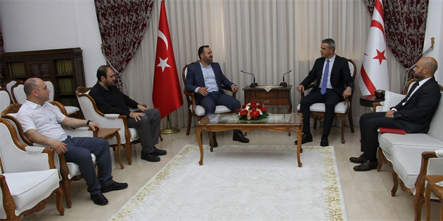 Meclis Başkanı Uluçay, KTAMS heyetini kabul etti