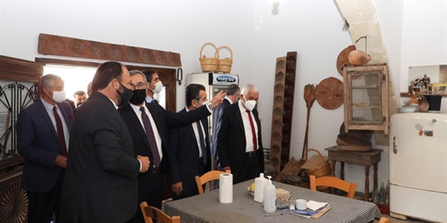 İskele Belediye Başkanı Sadıkoğlu TBB heyetini kabul etti