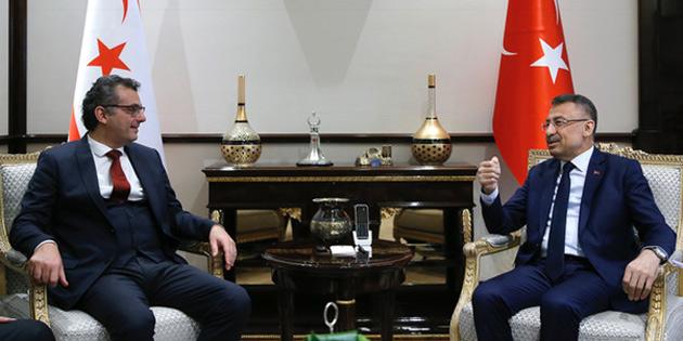 Başbakan Erhürman Oktay ile görüştü