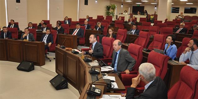 Berova'nın DP'den istifası milletvekillerinin bilgisine sunuldu