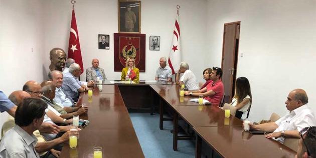 Eroğlu, bazı örgütleri ziyaret etti