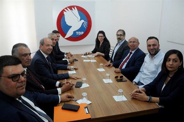 Hükümet kurma çalışmaları... UBP Genel Başkanı Tatar, TDP Başkanı Özyiğit ile görüştü
