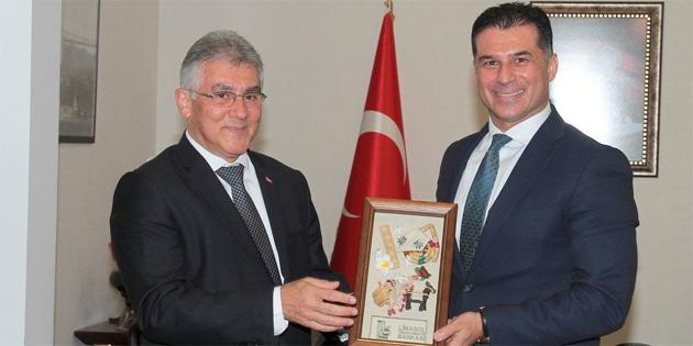 Başbakan Özgürgün, Limasol Türk Kooperatif Bankası'nın Yönetim Kurulu'nu kabul etti