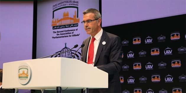 Uluçay, İstanbul' DA Parlamentolararası Kudüs Platformu konferansına katıldı