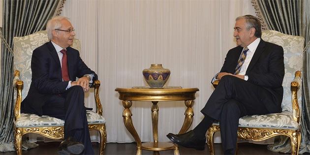 Akıncı İtalya'nın Lefkoşa Büyükelçisi Cavallari'yi kabul etti