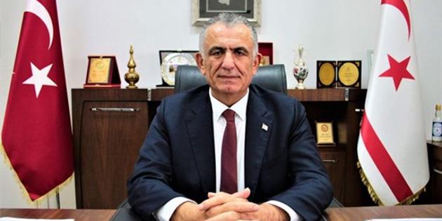 Bakan Çavuşoğlu, Bakan Pakdemirli için geçmiş olsun mesajı yayımladı
