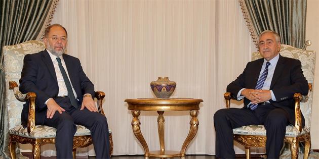 Akıncı, TC Başbakan Yardımcısı Akdağ'ı kabul etti