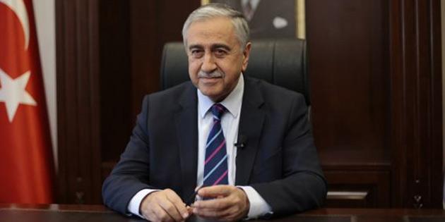 Akıncı, İİT olağanüstü zirvesi'ne katılmak üzere günü İstanbul'a gidecek