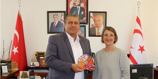 Avustralya federal milletvekili Vamvakinou, Arter'i ziyaret etti