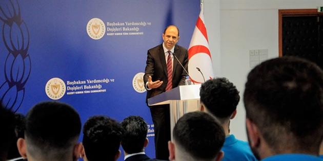 Özersay: 'BM müzakere zemini olmadığını kabul ediyor'