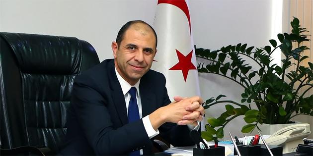 Dışişleri Bakanı Kudret Özersay Londra'ya gitmek üzere adadan ayrıldı