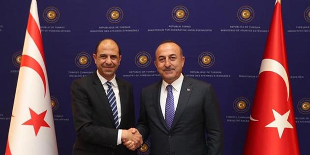 TC Dışişleri Bakanı Çavuşoğlu ile Özersay görüştü