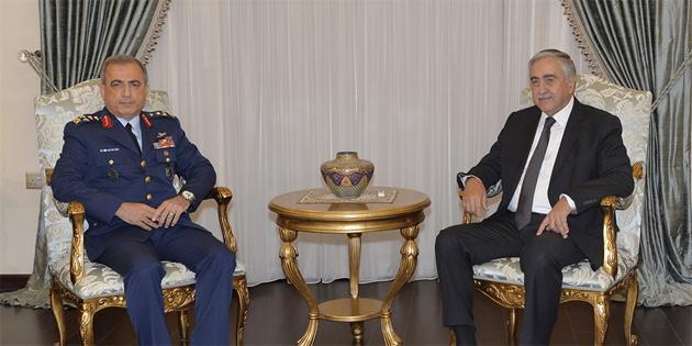 Cumhurbaşkanı Akıncı, Orgeneral Atilla Gülan'ı kabul etti