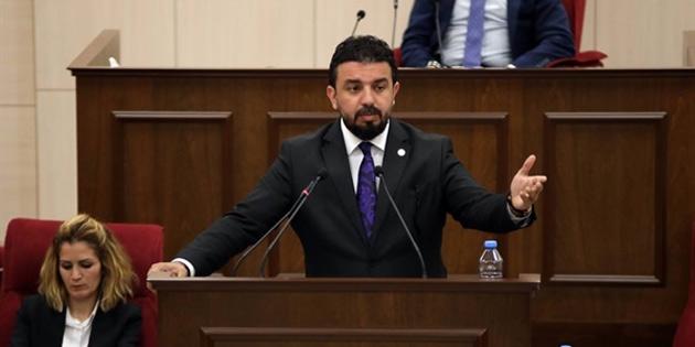"""Zaroğlu: """"Milletvekilleri Özdenefe, İncirli ve Hamzaoğulları'nı ivedi olarak benden özür dilemeye davet ediyorum"""""""