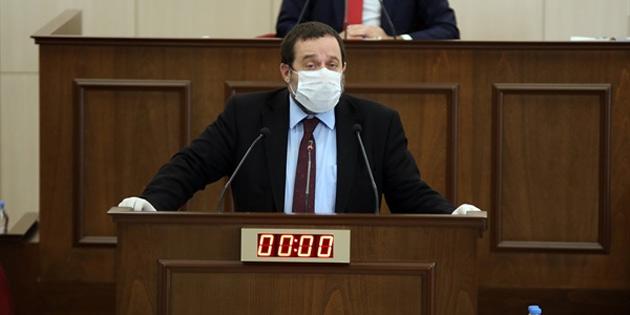 Serdar Denktaş:Halkımızı alkışlamak gerekir