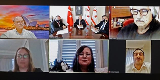 """""""Kıbrıslı Türkler dünyanın neresinde yaşarlarsa yaşasınlar, kalpleri ve düşünceleri öz vatanları ve aileleriyle birliktedir"""""""