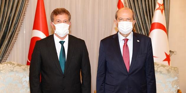 Cumhurbaşkanı Tatar YDP ile görüştü