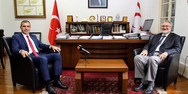 Uluçay Vakıflar İdaresi Genel Müdürü Benter'i ziyaret etti