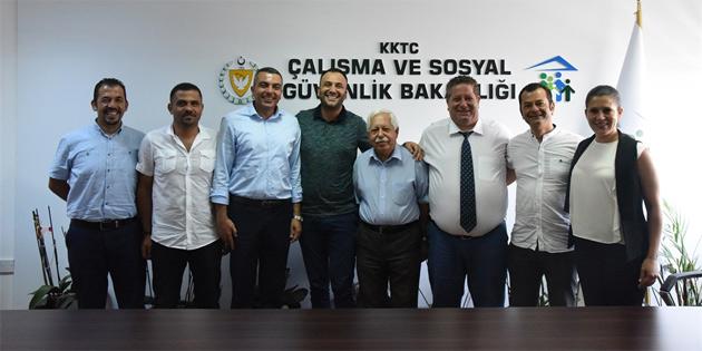 Çalışma ve Sosyal Güvenlik Bakanı Çeler KAMU-İŞ Yönetim Kurulunu kabul etti