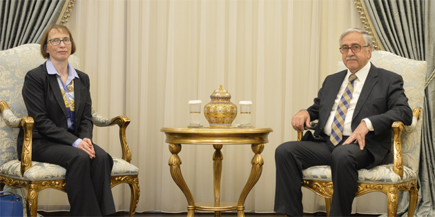 Cumhurbaşkanı Mustafa Akıncı, ABD Elçisi Judith Gail Garber'i kabul etti