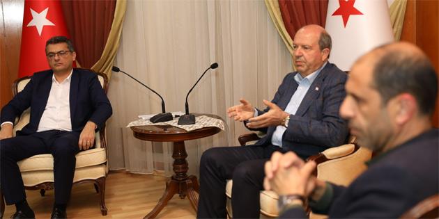 Başbakan Tatar, ekonomik tedbirlerin Salı günü açıklanacağını söyledi