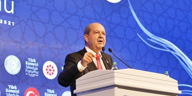 Cumhurbaşkanı Tatar Türk Konseyi Medya Forumu'na katıldı