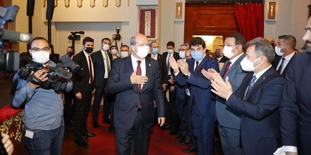 Cumhurbaşkanı Tatar, Azerbaycan Cumhurbaşkanı Yardımcısı Hahiyev ve Altun ile bir araya geldi