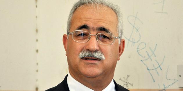 """İzcan: ''Hükümet istifa etmelidir"""""""