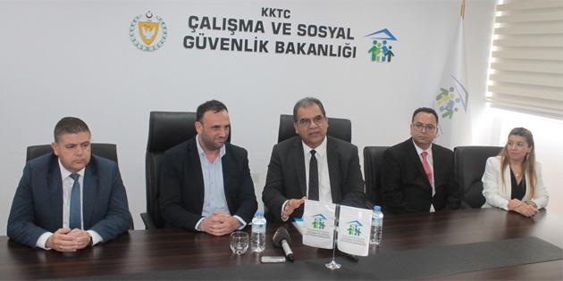 Çalışma ve Sosyal Güvenlik Bakanı Sucuoğlu, Çeler'den görevi devraldı