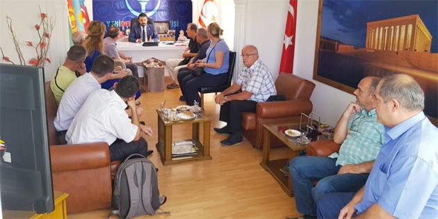 Kosovalı yetkililer YDP'yi ziyaret etti