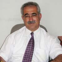 İzcan Talat'ı yine eleştirdi