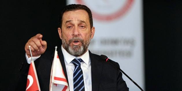 """""""Rum lider, Kıbrıslı Türkleri görmezden gelme anlayışını sürdürüyor"""""""