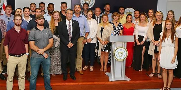 Carolina Üniversitesi öğrencilerine brifing verdi