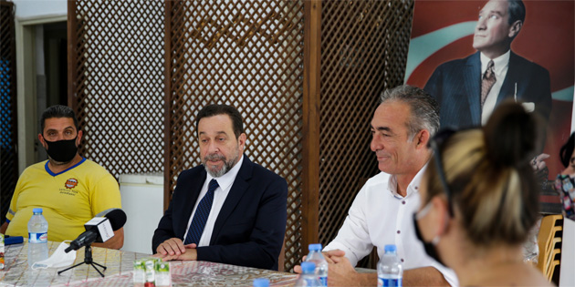 Denktaş'tan Belediye Emekçileri Sendikası'na ziyaret
