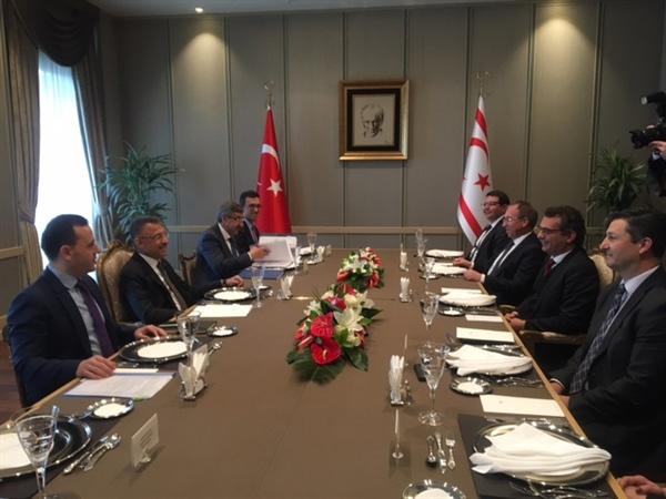 KKTC Başbakanı Erhürman, TC cumhurbaşkanı yardımcısı Oktay ile görüştü