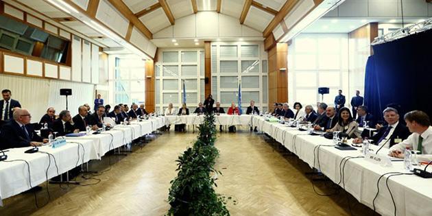 Kıbrıs Konferansı'nda prüz