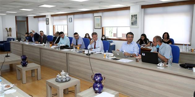 Hukuk, Siyasi İşler ve Dış İlişkiler Komitesi Bilişim Suçları Yasa Tasarısı'nı görüştü