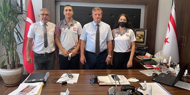 Bakan Arıklı, International Open Junior Şampiyonası'na katılacak