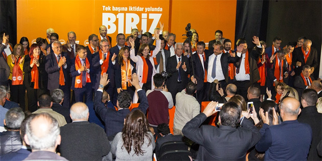 UBP Çatalköy'de miting düzenledi